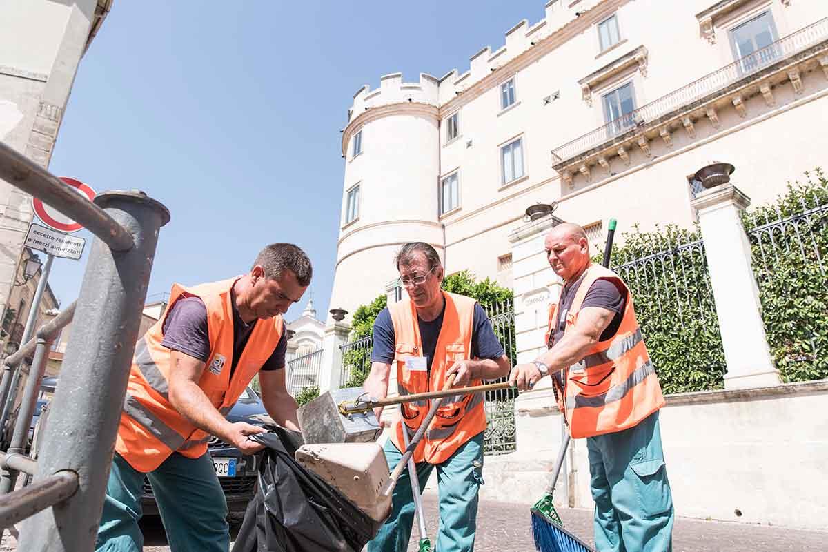 servizio di igiene urbana - Ecoross